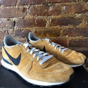 Nike Shoes - Nike x J. Crew Racer Vintage Sneakers